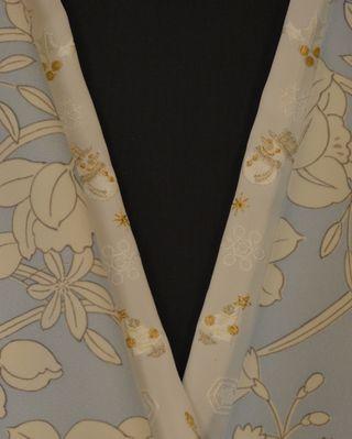 クリスマスの刺繍半衿