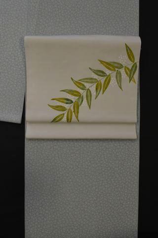 桜花びら柄の江戸小紋をコーディネート