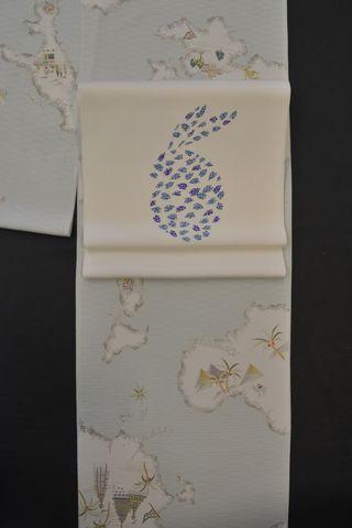 世界地図の着物を桜の帯でコーディネート