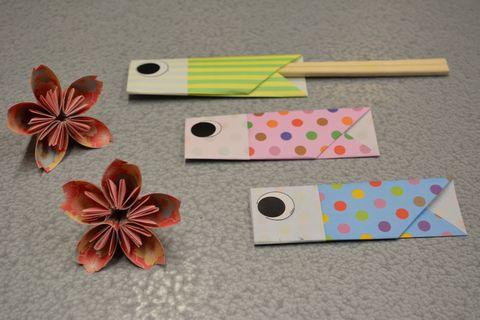 折り紙で桜と鯉のぼりを作る