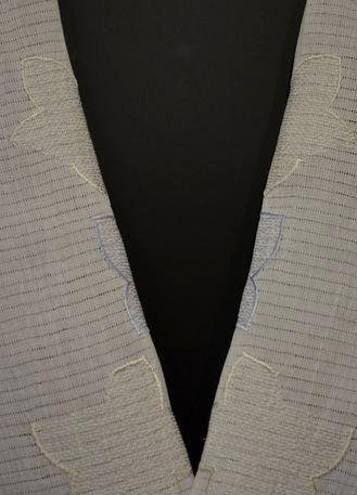 絽の小千谷縮刺繍半衿