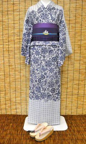 撫松庵の猫レースの着物をコーディネート