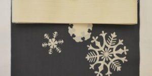 雪の結晶柄ゆかたをコーディネート