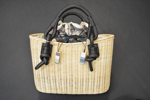 籠バッグ(底巾29×中央の高さ20×奥行12㎝/¥10,800