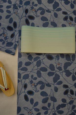 竺仙さんの綿紅梅浴衣をコーディネート