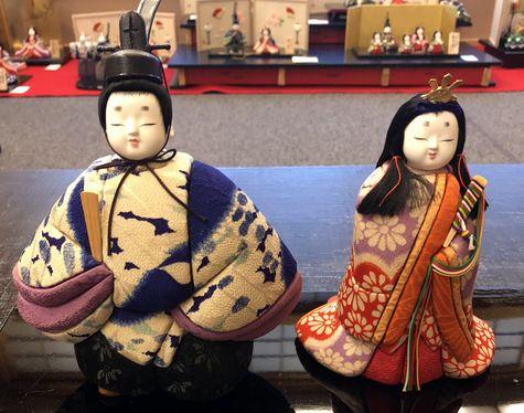 古布ちりめんから作られたお雛様の木目込み人形