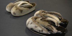 ゴマアザラシの防寒雨草履