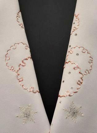 雪の結晶柄柄の刺繍半衿