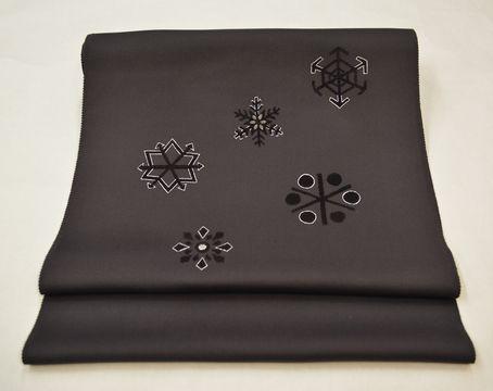 オーダーメイドで作った雪の結晶柄の帯