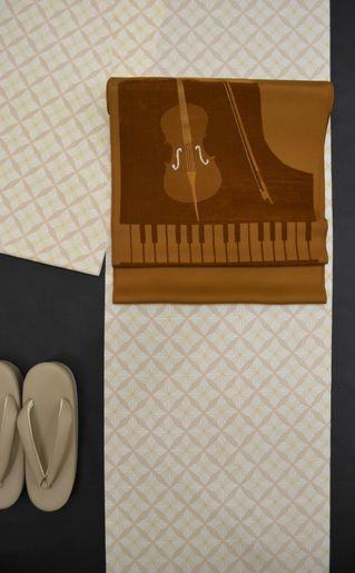 楽器柄で着物コーディネート