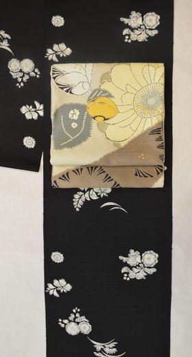 牛首紬に染めた辻が花の着物をコーディネート