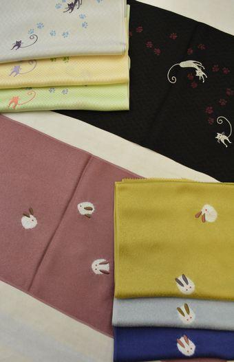 刺繍柄の帯揚げ「猫と雪兎」