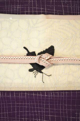 紗袷の着物を蝶の帯でコーディネート