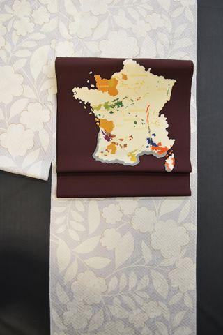 フランス地図でおしゃれな着物コーディネート