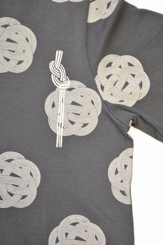和柄Tシャツ・梅結び(ブラック)
