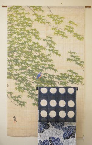 藍のドット柄の麻帯で綿紅梅をコーディネート