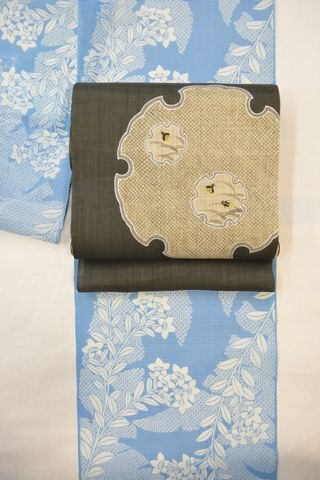 絹紅梅小紋を夏着物として麻名古屋帯でコーディネート