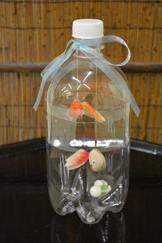 金魚の飾り物