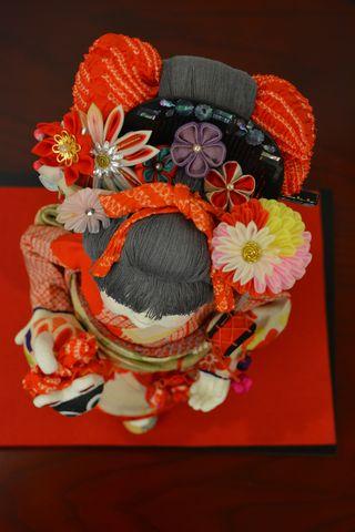 古布を使った創作人形「栞」の髪飾り
