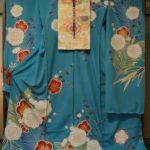 ブルー系の松竹梅柄の振袖をコーディネート