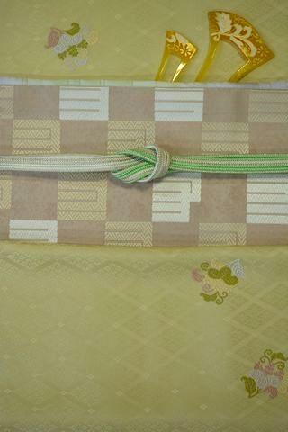 永治屋清左衛門の着物と帯をコーディネート