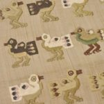 インカの鳥を刺繍した帯