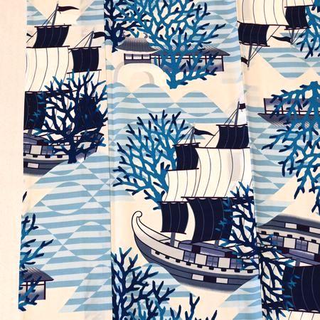 撫松庵のきもの「船にサンゴ」