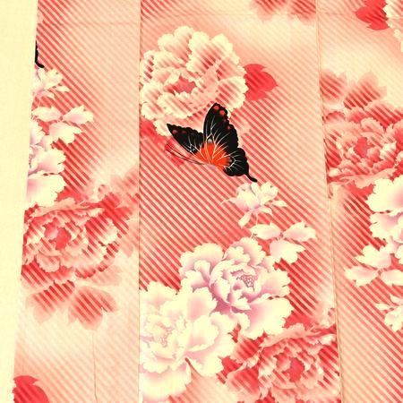 撫松庵のゆかた「牡丹に蝶」